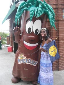 Queen Quet & Bark of the Charleston RiverDogs