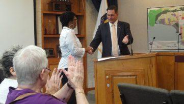 Mayor Johnny Miller presents the Gullah/Geechee Nation Appreciation Week Proclamation to Representative Glenda Simmons-Jenkins of the Gullah/Geechee Nation.
