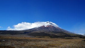 climbing-cotopaxi-volcano