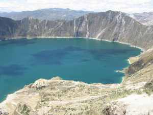 quilotoa-lagoon-landscape