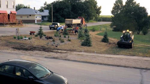 Communities In Bloom Volunteers Put Finishing Touches on Xeriscape Garden GULL LAKE SouthWest Saskatchewan Town Beautification  Xeriscaping Pocket Park Communities in Bloom