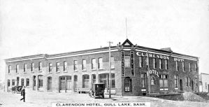 The Clarendon Hotel in 1915