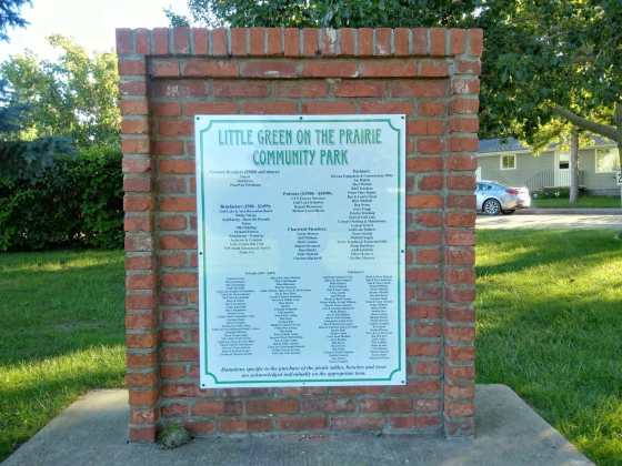 Little Green on the Prairie Community Park Gets a New Commemorative Sign GULL LAKE Town Beautification  Little Green on the Prairie Community Park Community Communities in Bloom