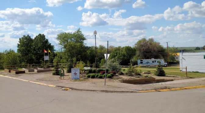 Gull Lake Now a Community in Bloom - SwiftCurrentOnline.com GULL LAKE Town Beautification  Communities in Bloom