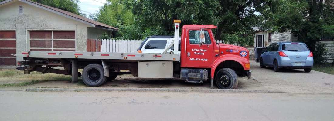"""FEATURE BUSINESS OF THE WEEK """"Little Guys Towing and Auto Glass"""" Business GULL LAKE  Small Business"""