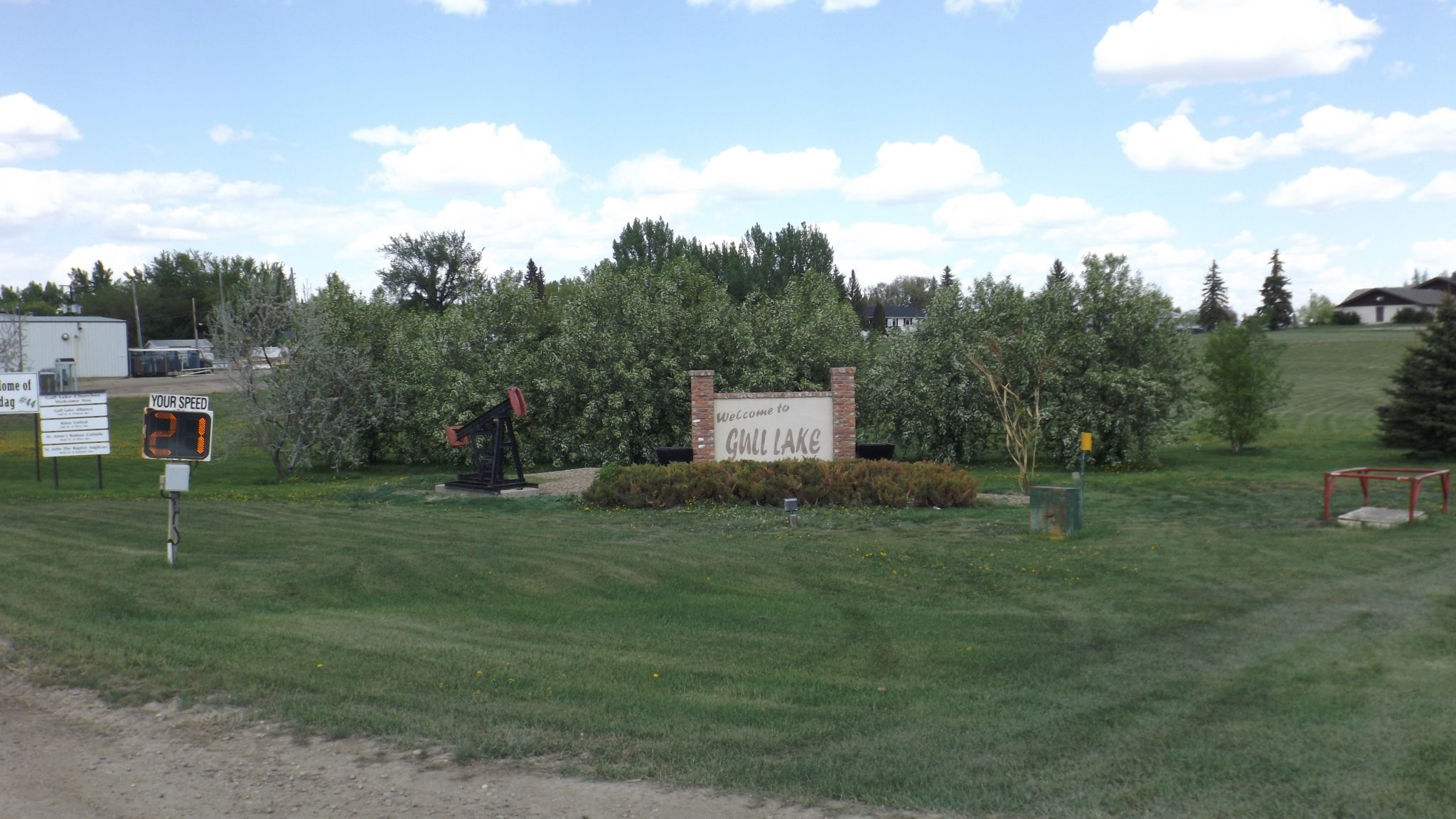 BIG Thank you to Bev Potter & Shirley Weinbender GULL LAKE Town Beautification  Mayor's Report