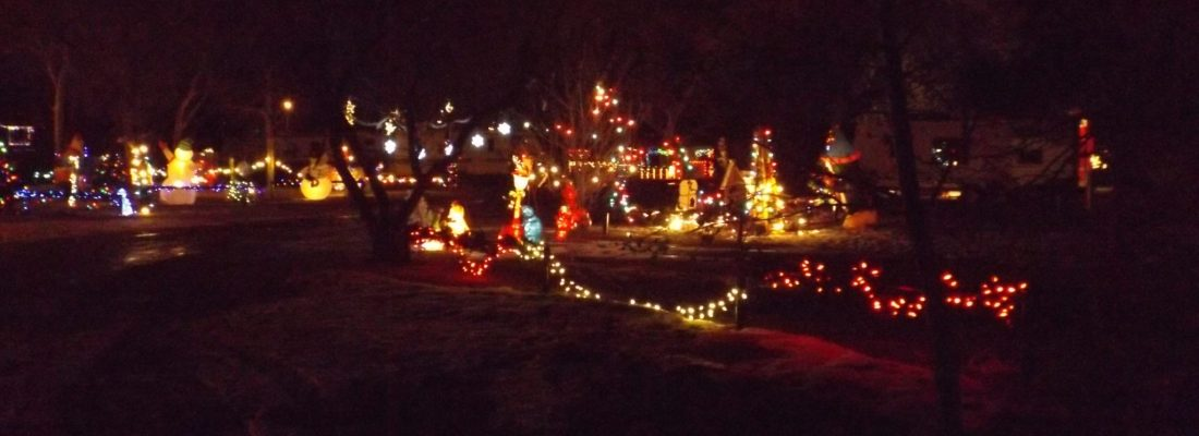 Christmas Cove Lights Up December 1st GULL LAKE SouthWest Saskatchewan Tourism  Christmas Cove