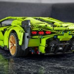 Lamborghini And Lego Recreate The Sian Fkp 37 Hypercar In 1 8 Scale