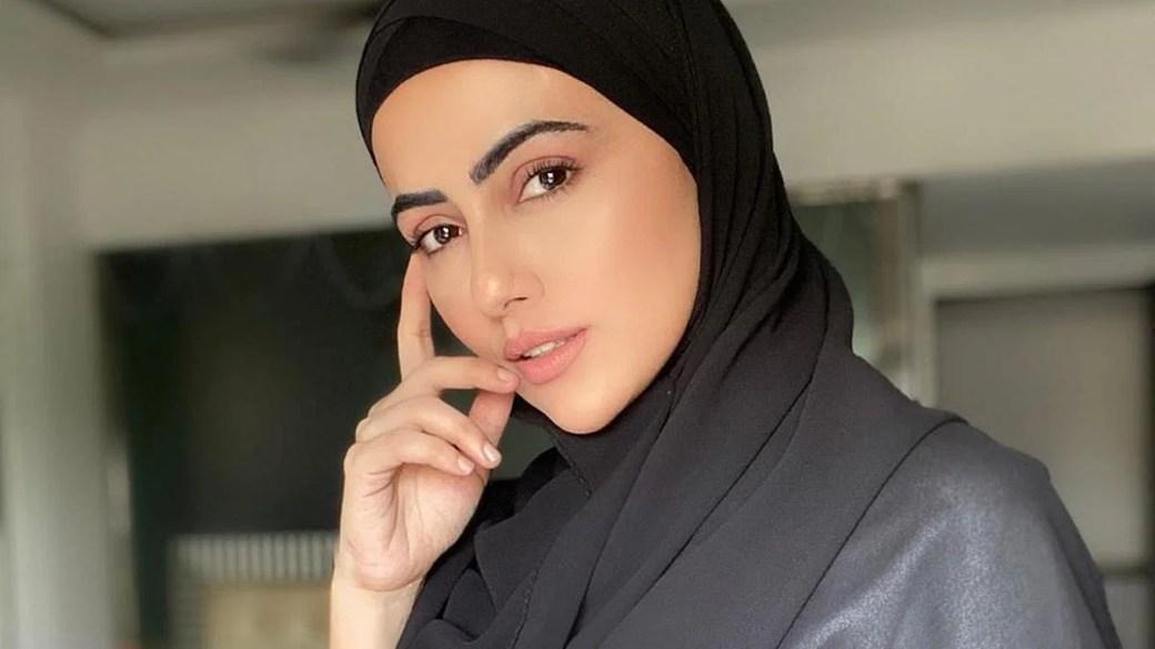 Will follow orders of my Creator': Actress Sana Khan goes the Zaira Wasim  way; quits showbiz