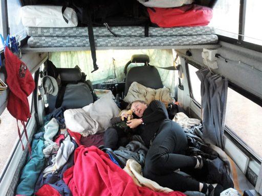 So schlafen wir im Campervan