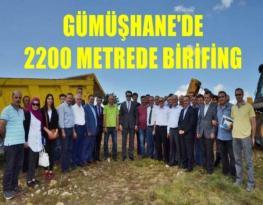 VALİ OKAY MEMİŞ 2200 METRELİK ZİRVEDE BRİFİNG ALDI