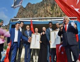 Torul Belediye Başkanı Köroğlu'ndan Elifli Hediye