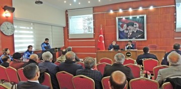 GÜMÜŞHANE EMNİYET MÜDÜRLÜĞÜ'NÜN TOPLUM DESTEKLİ POLİSLİK ÇALIŞMALARI TAKDİR TOPLADI