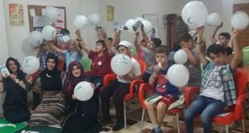 GÜMÜŞHANE'DE YEŞİLAY KULÜBÜ'NDEN KUR'AN KURSU ÖĞRENCİLERİNE DESTEK