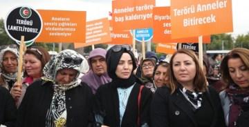 Türkiye Diyarbakır anneleri için ayakta