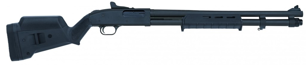 Mossberg 590 with Magpul furniture