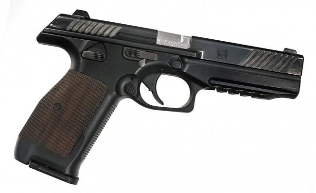 la-pistola-kalashnikov-pl-14