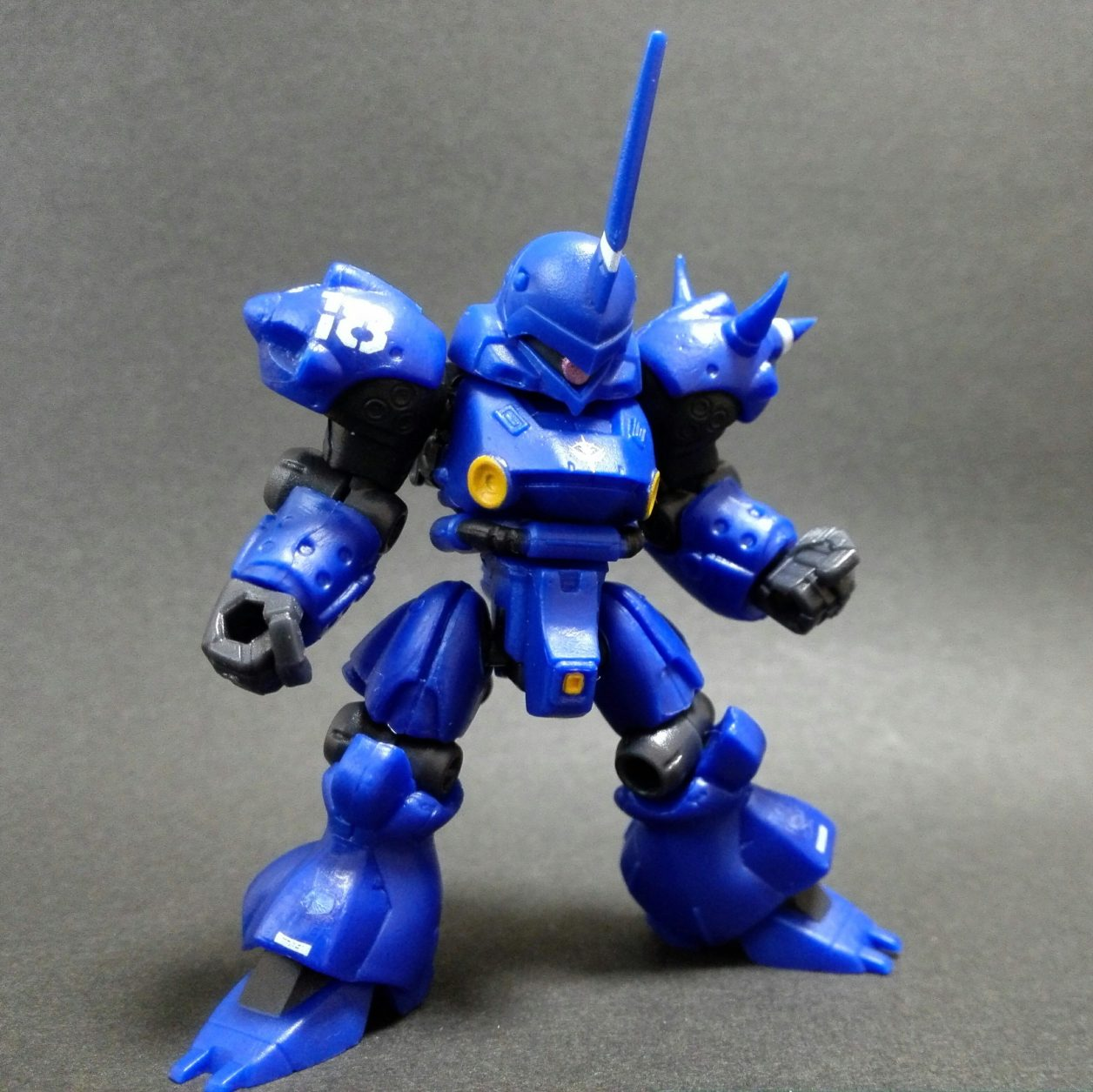 mobile suit ensemble 4.5弾のケンプファー(マーキングプラス)本体の組立後の完成画像
