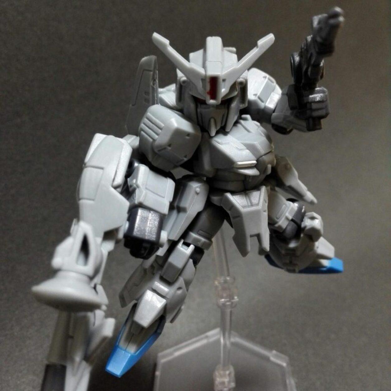 mobile suit ensemble(モビルスーツアンサンブル)14弾のゼータプラスとMS武器セットの組み合わせから作ったゼータプラスC1にC1用ビーム・スマートガンとビーム・ライフルを装備させた画像