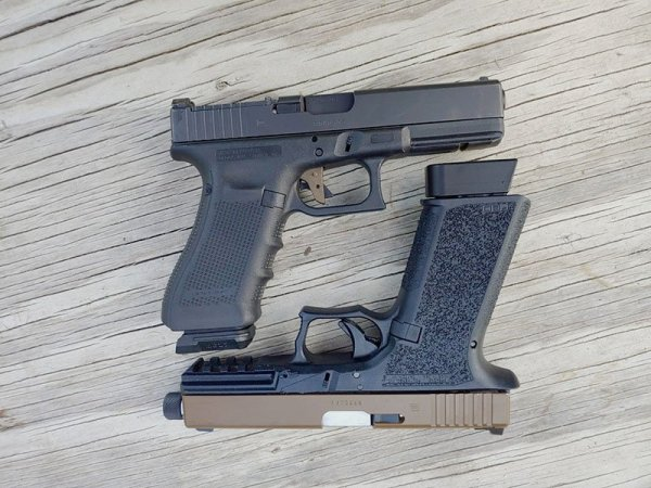 Polymer 80 Glock Review and Head to Head Glock 17 Comparison