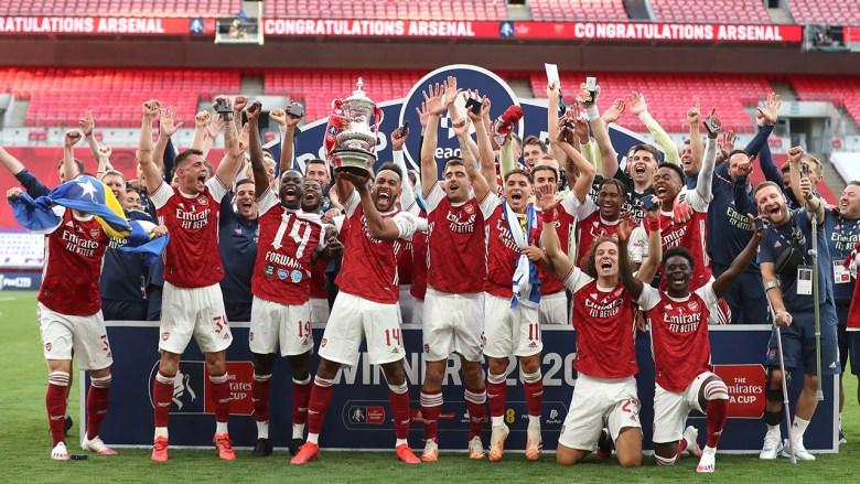 celebrate-trophy-lift