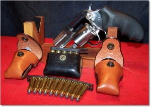 Snub-Nose revolver w/ Re-Load Options
