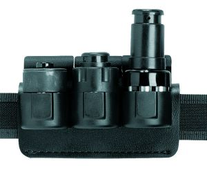 Three Safariland Speedloaders With Triple Pouch