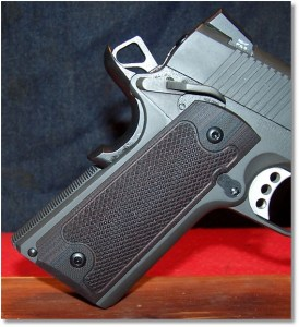 Springfield 1911 Loaded w/ LOK Grips Checkered Classic 1911 Grips Standard Full Size Commander grip panels - Right-Side