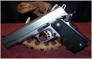Hogue Wraparound Rubber Grips with Finger Grooves 1911 Colt .45 9mm #C45-000 on the Ruger SR1911