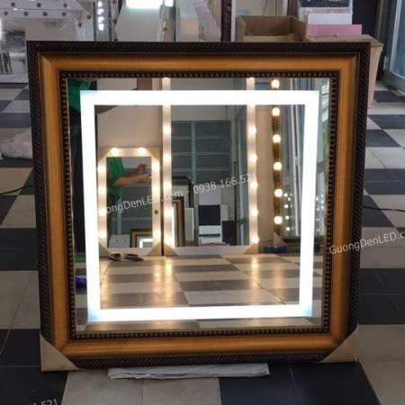 Gương Trang Trí Đèn LED Viền Gỗ Tự Nhiên