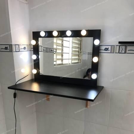 Kệ Gỗ Trang Điểm Đèn LED Mini Giá Rẻ
