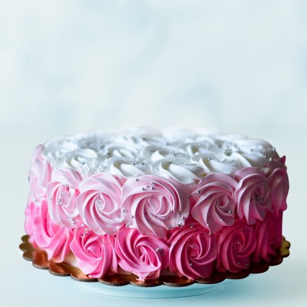 cutesy pink ombre cake