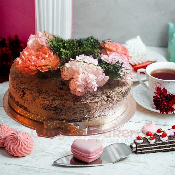 dainty daisy cake