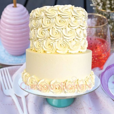 elegant white chocolate swirls