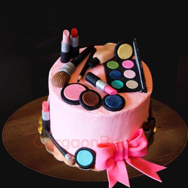 pretty makeup themed cake