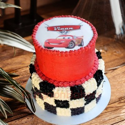 spectacular 2 tiered cars cake