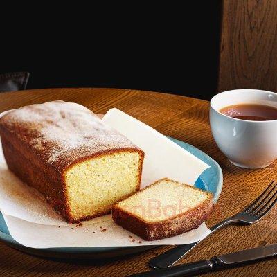 vanilla sponge tea cake