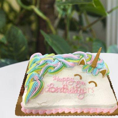 vintage style unicorn cake