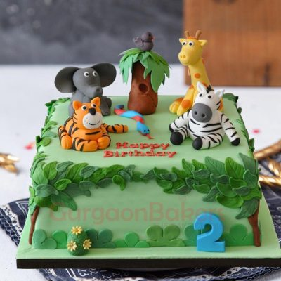party time in the jungle cake