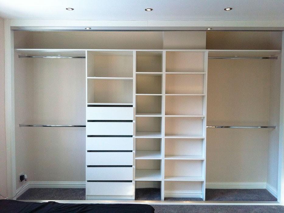 e0212a42 Hver leilighet kan ha sine feil i forbindelse med krumningen av veggene og  gulvet, så du bør alltid kontinuerlig justere og måle lagerelementene slik  at alt ...