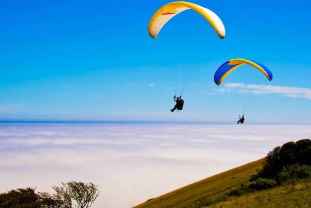 Paragliding-destination-Kunjapuri-india-adventure-sports