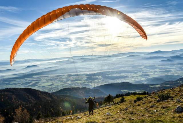 Paragliding-destination-Nandi-Hills-india-adventure-sports