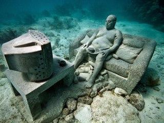 Уникальные подводные статуи