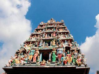 Индуистский храм Шри Мариамман в Сингапуре