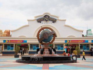 Warner Brothers  – тематический парк развлечений в Мадриде