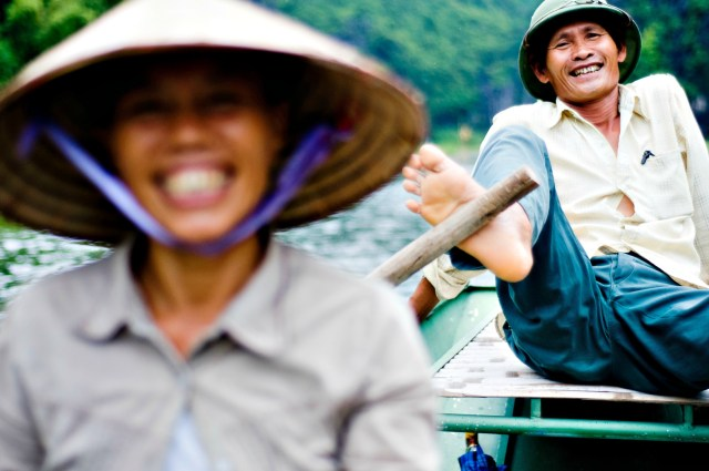 Charming Rowers in Tam Coc - Flickr - By David Navais