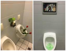Ambiance. Aux toilettes.