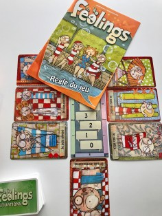 Feelings. Gros gros coup de coeur. A sortir en septembre chez Act in Games (Piratoon). Un jeu intelligent sur les émotions