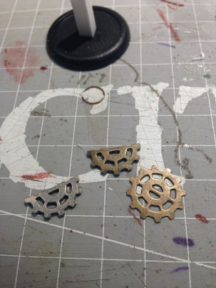 I took some gears I had lying around to create the tilt mechanism on the table.