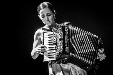 Julieta Venegas - Vive Latino, Mexico City. 31-3-14 © Gus Morainslie